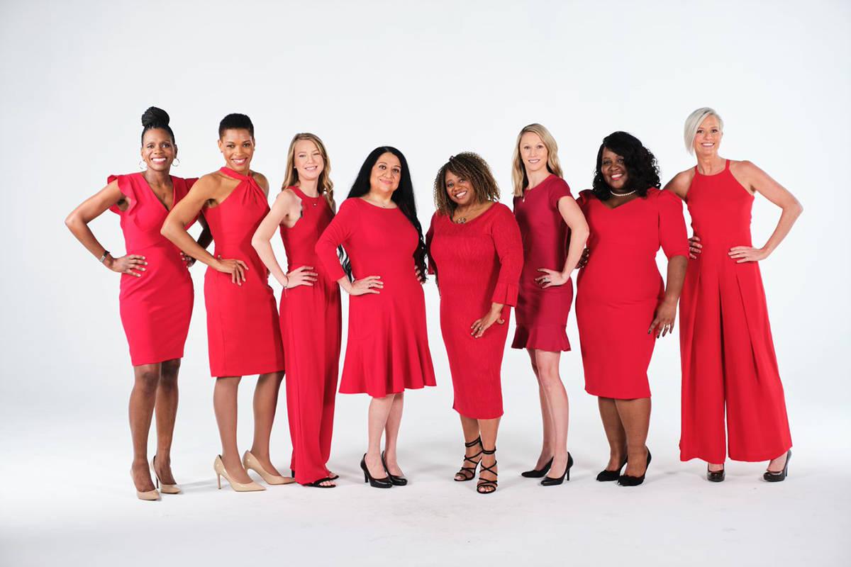 En la foto, un grupo de mujeres que inspiran a cuidar la salud. [Foto tomada de goredforwomen.org]