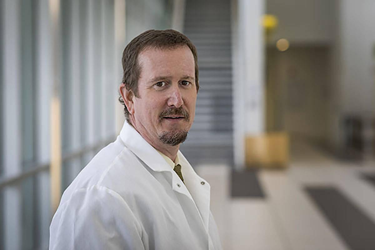 Mark Pandori, director del Nevada State Public Health Laboratory en la Facultad de Medicina de ...