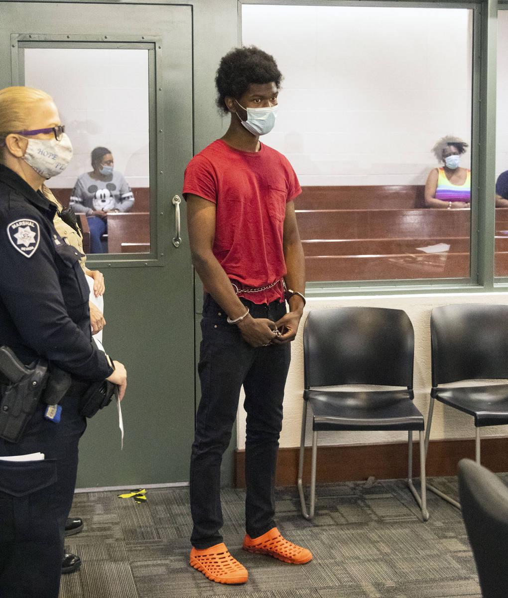 Laparese Jones, de 18 años, acusado de agredir sexualmente a una mujer en el oeste de Las Vega ...