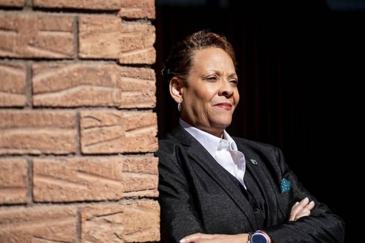 La senadora de Nevada Pat Spearman, demócrata por North Las Vegas, posa para un retrato en Las ...
