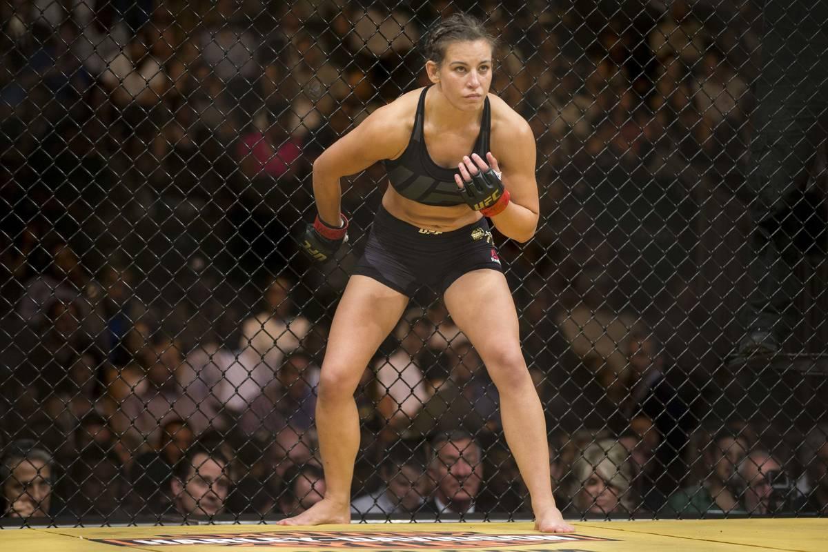 Miesha Tate se prepara para luchar contra Amanda Nunes en el combate por el título del peso ga ...
