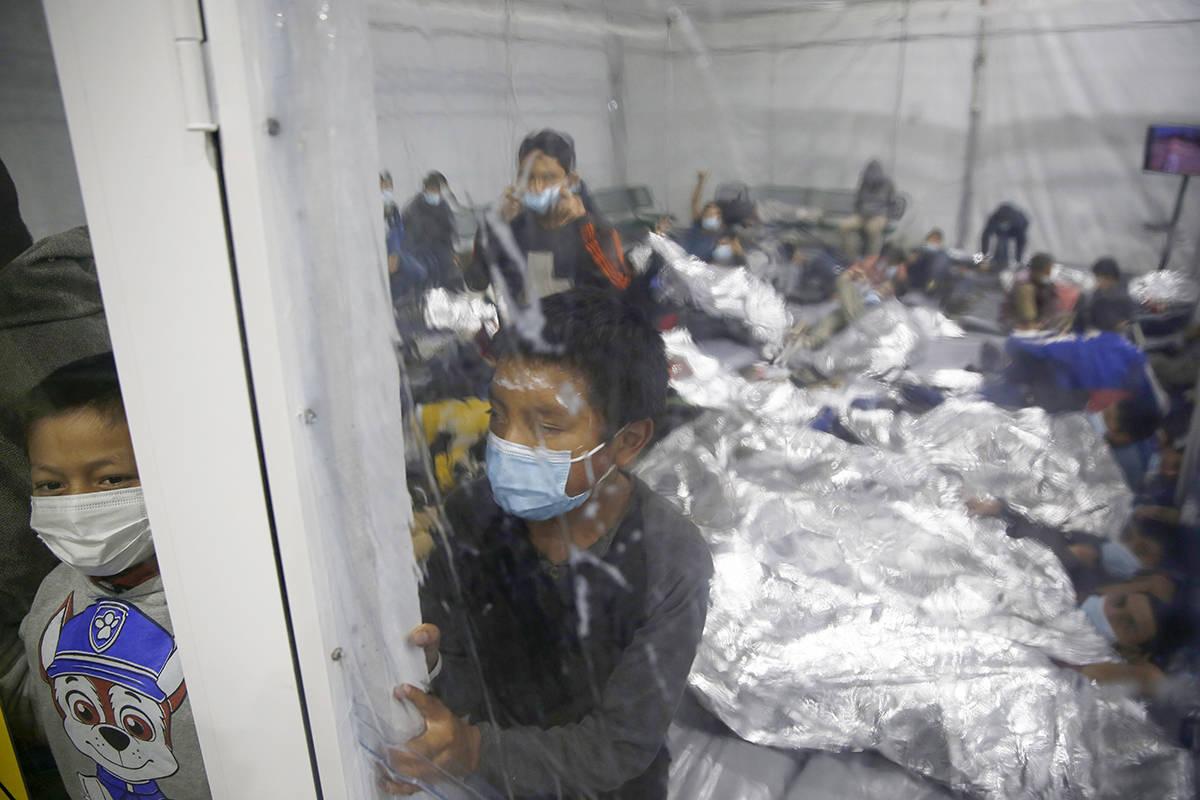 14971616_web1_etl_menores-migrantes-frontera_033121.jpg