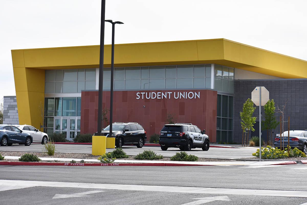 Exterior del Colegio del Sur de Nevada, campus Charleston, fotografiado el miércoles 24 de mar ...