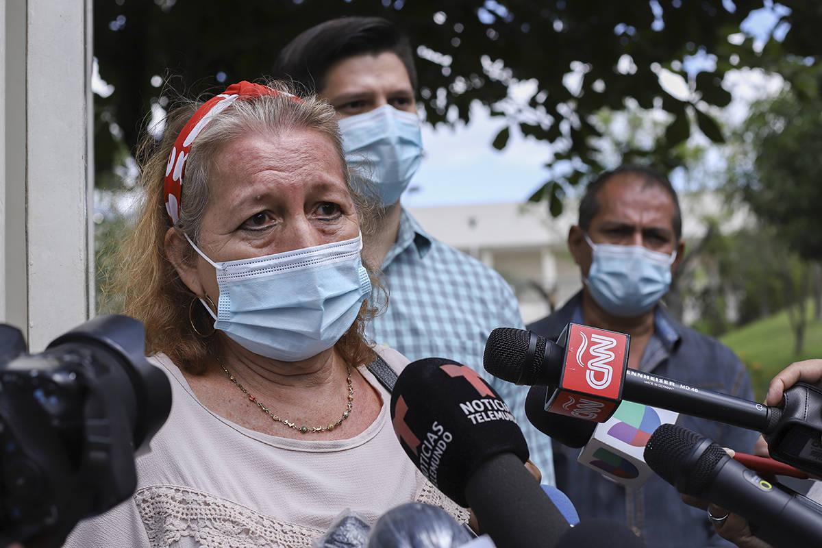 Rosibel Emerita Arriaza, madre de Victoria Esperanza Salazar, quien murió bajo custodia polici ...