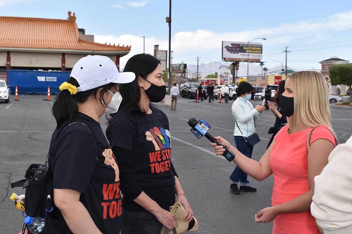 """""""Stop Asian Hate"""" realizada en el centro comercial Chinatown Mall de Las Vegas, el jueves 1 ..."""