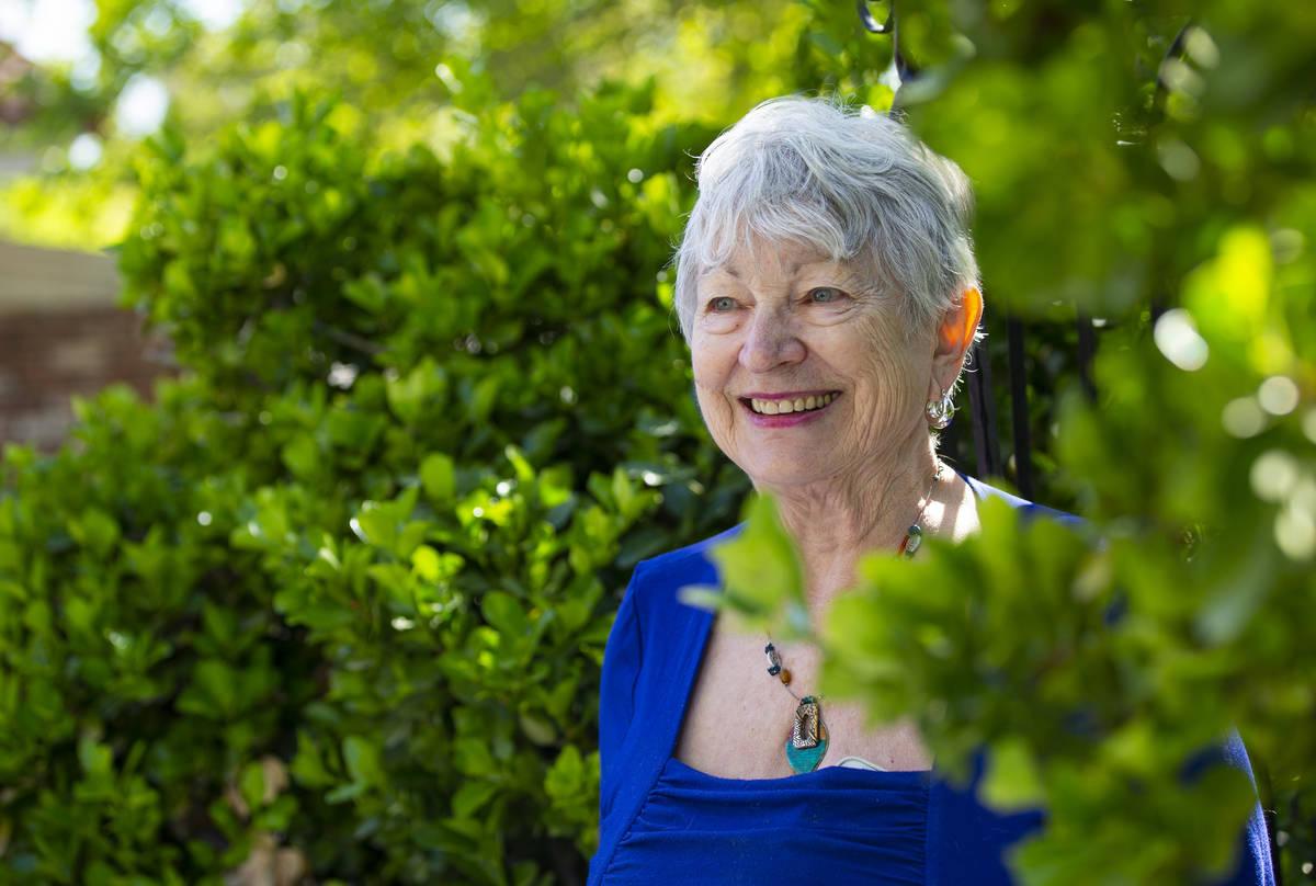 Harriet Gagliano, que participó en un ensayo clínico de la vacuna Moderna COVID-19, desea pod ...