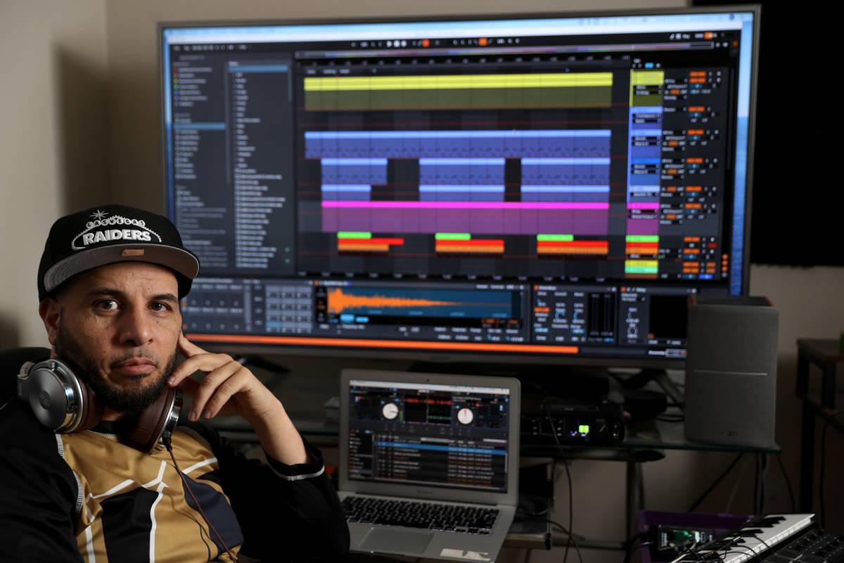 Will Ramadan, un DJ profesional conocido como KnowleDJ, dio positivo a la prueba de COVID-19 tr ...