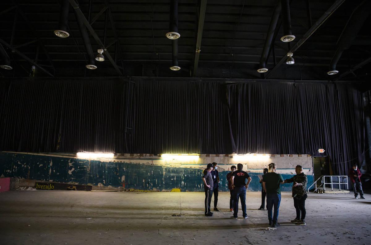 Una vista del interior del Huntridge Theater el día después de que el fundador y promotor de ...