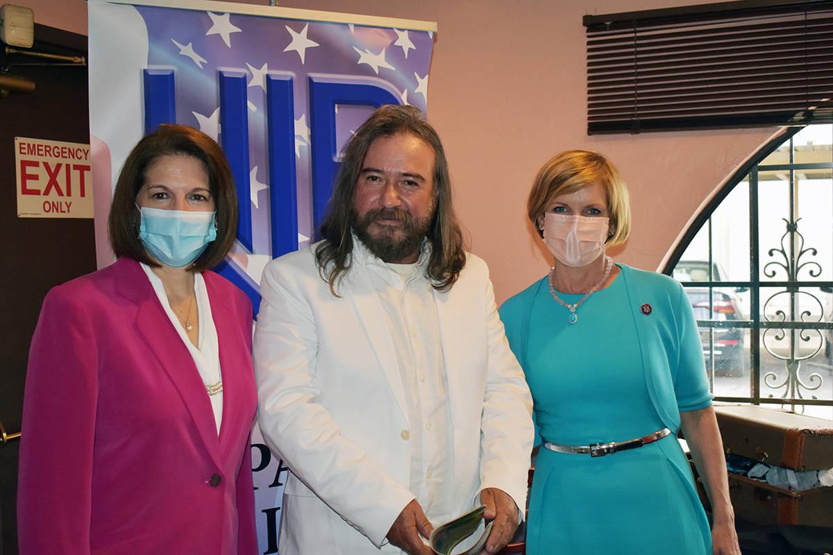 La senadora Catherine Cortez Masto y la congresista Susie Lee fueron las oradoras invitadas a l ...