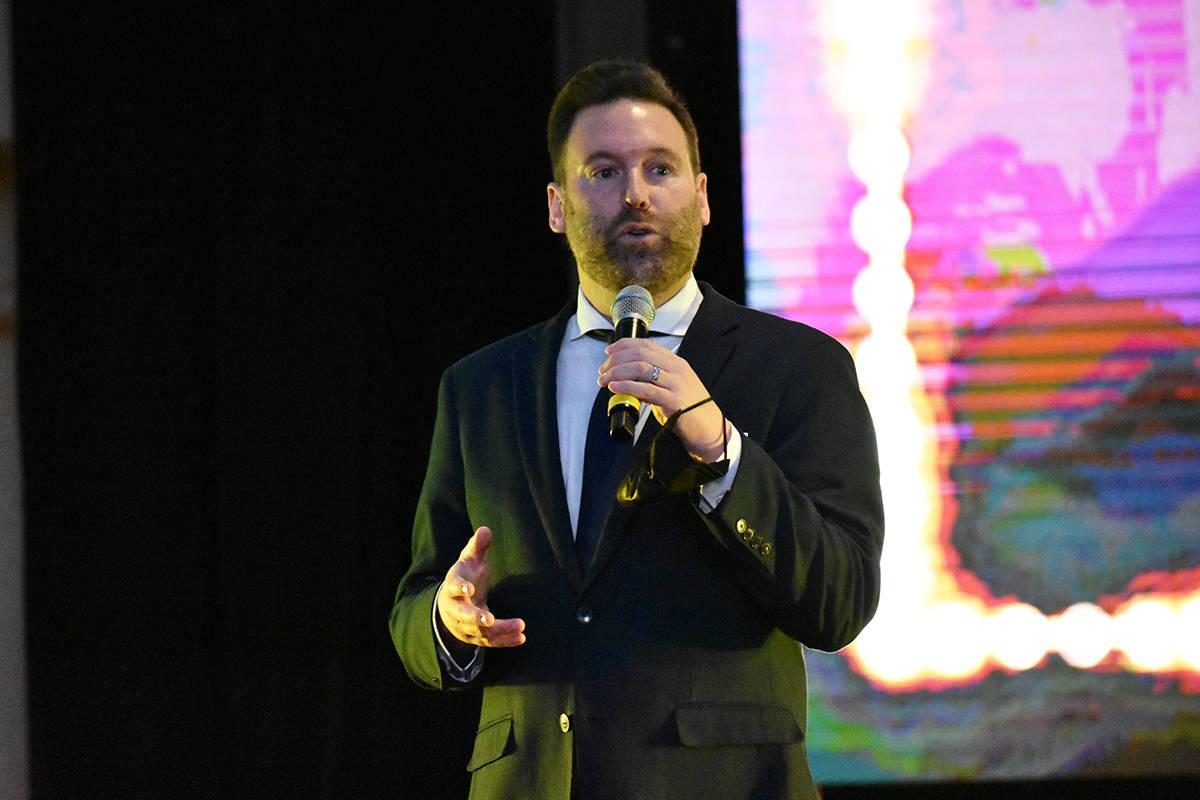 Dirigentes de Sahara Las Vegas y personalidades de la industria turística participaron en una ...