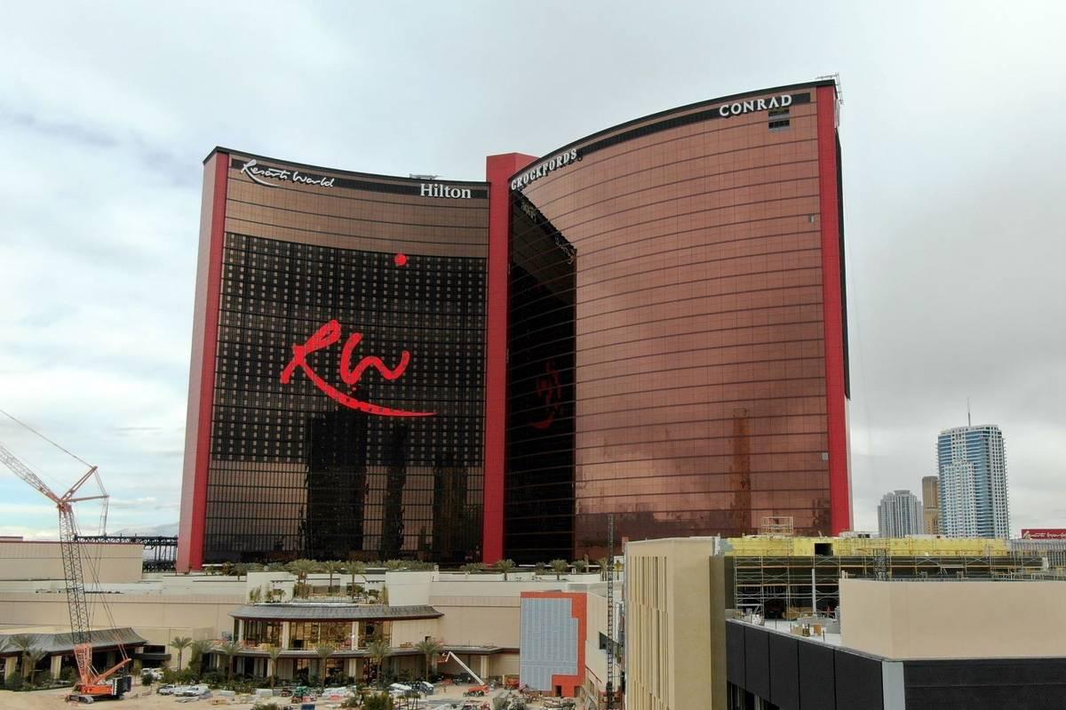 Una foto aérea de Resorts World Las Vegas en construcción en el antiguo emplazamiento del hot ...