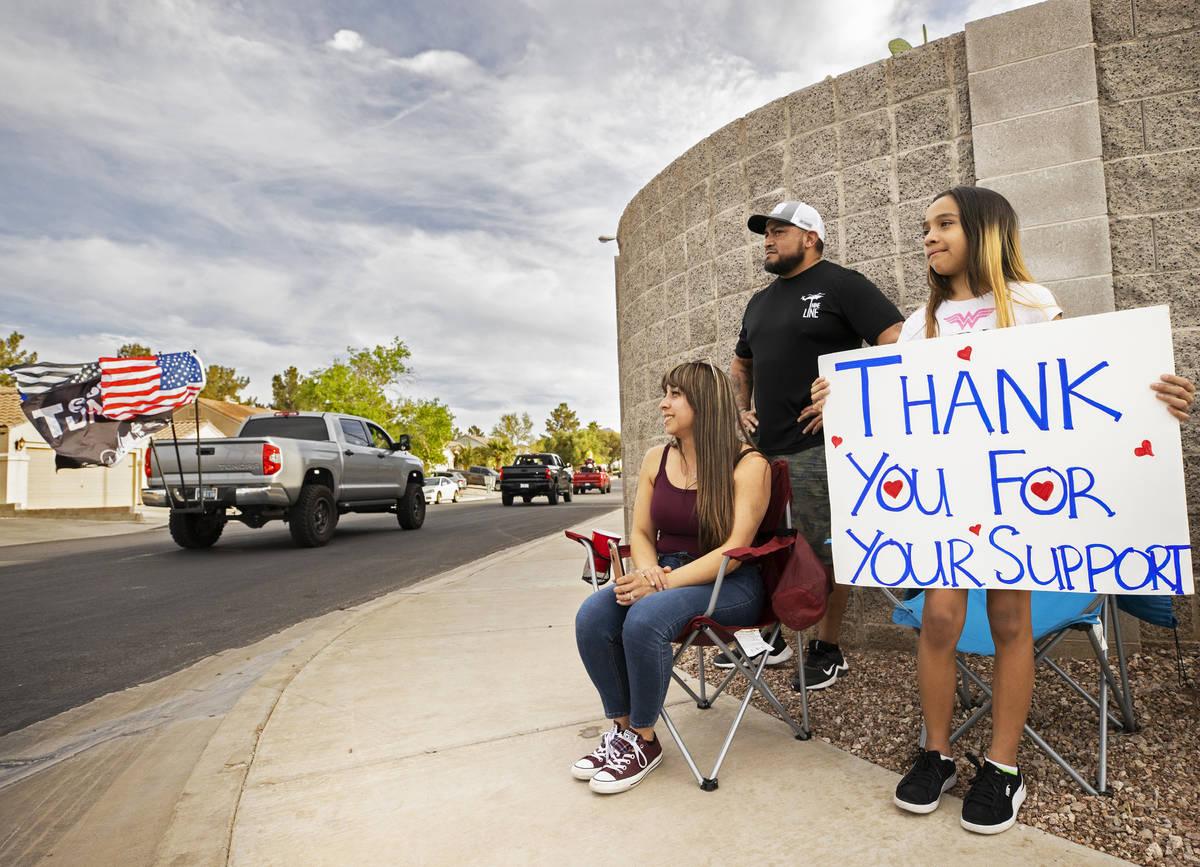 Jacky Velásquez, a la derecha, de 11 años, hermana de Aaliyah Velásquez, que fue atropellada ...