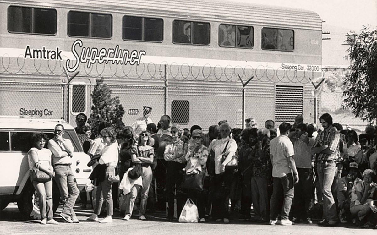 Un Superliner de Amtrak se ve en Las Vegas el 18 de mayo de 1986. Amtrak operó la ruta Desert ...