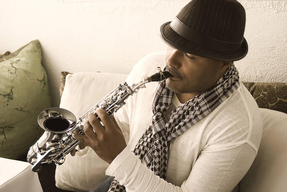 El saxofonista Najee es uno de los artistas programados para la 31ª serie de conciertos Jazz i ...