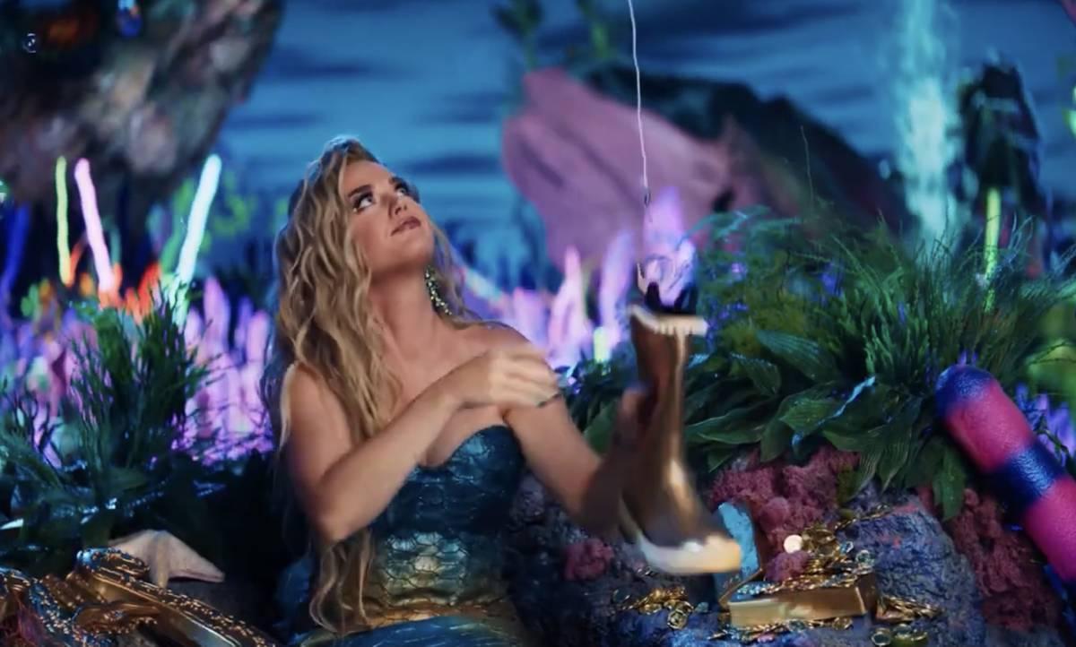 """Katy Perry en el nuevo anuncio de Resorts Worlds Las Vegas, """"Stay Fabulous"""", que promociona la ..."""