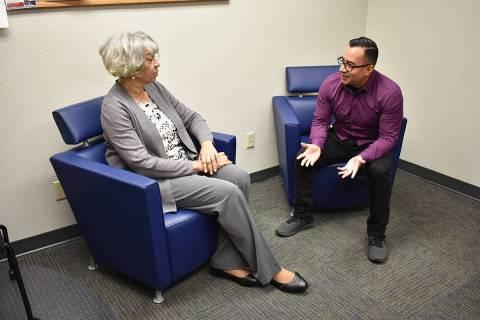 Family Justice Center brinda atención a las víctimas de violencia doméstica. A la izquierda, ...