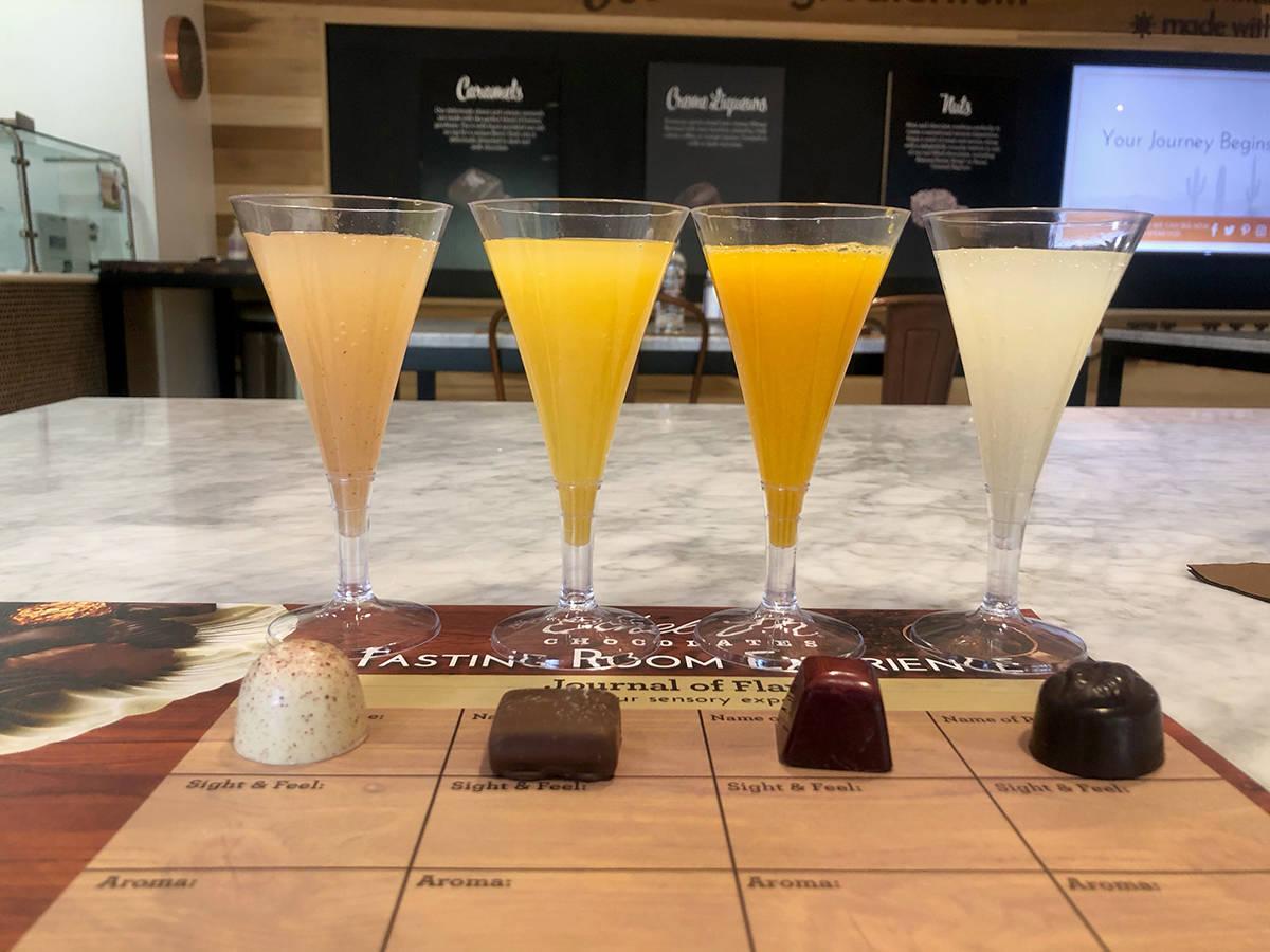 Parte de las mimosas y chocolates que se degustarán como parte de la promoción del Aniversari ...