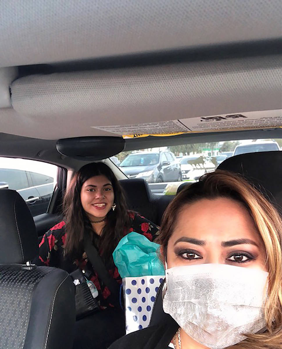 Adriana Sánchez y su hija Adrianita además de ser madre e hija se consideran las mejores amig ...
