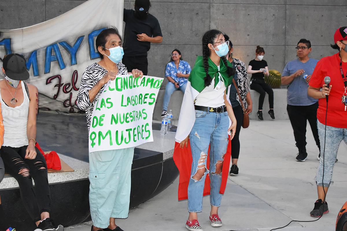 """Activistas y grupos locales participaron en la décimo quinta edición de la marcha del """"Prim ..."""