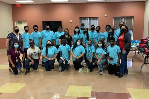 Estudiantes de J4NG en la Escuela Preparatoria Valley han podido consolidar su Proyecto de Asis ...