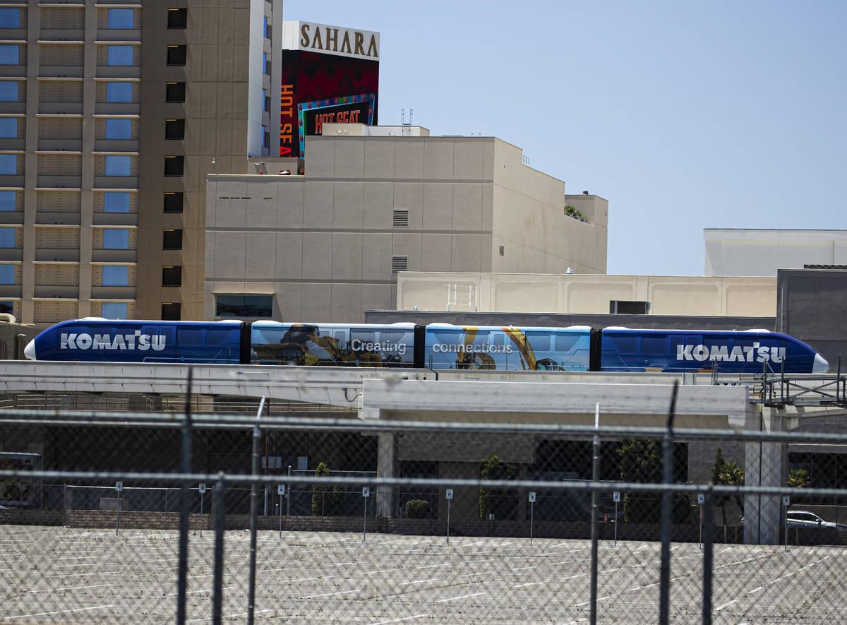 Un morriel de Las Vegas estacionado en la parada Sahara, cerca de Sahara Las Vegas, el martes 1 ...