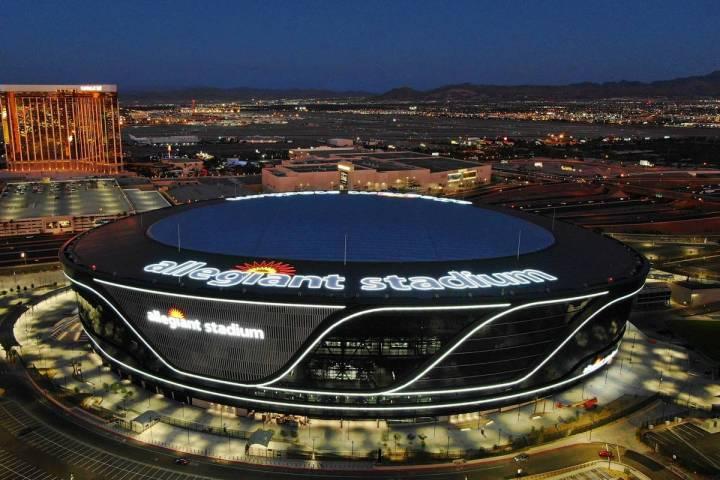 Vista aérea del Allegiant Stadium el viernes, 31 de julio de 2020, en Las Vegas. (Michael Quin ...