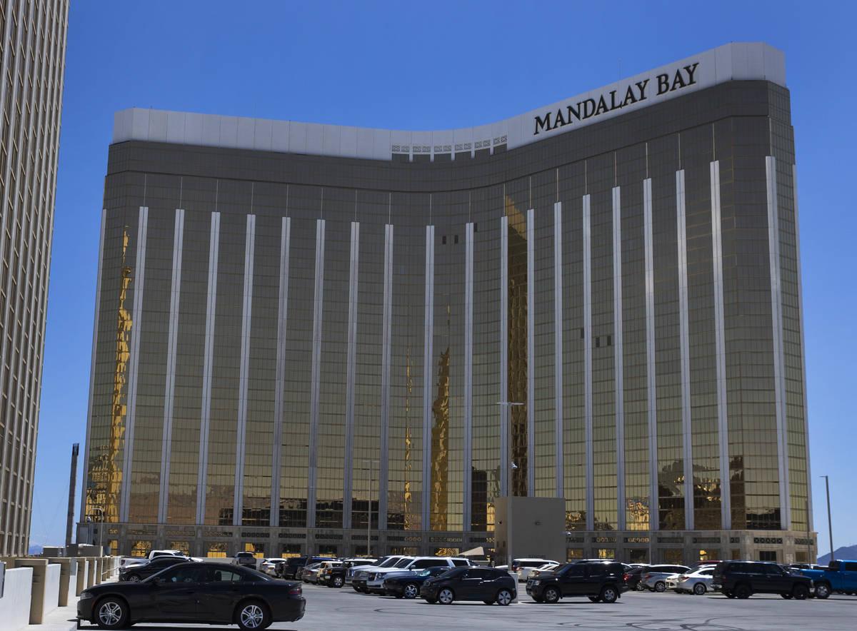 Mandalay Bay fotografiado el martes, 27 de abril de 2021, en Las Vegas. (Bizuayehu Tesfaye/Las ...