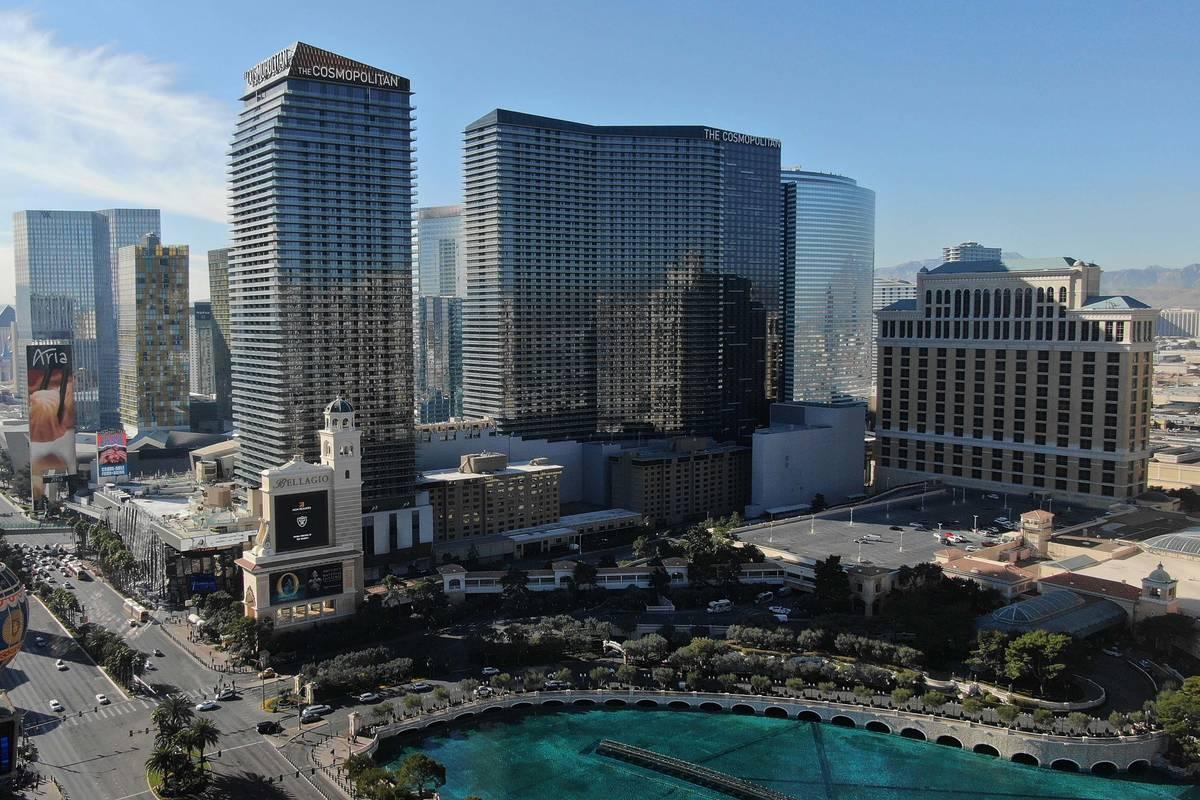 Foto aérea del hotel casino Cosmopolitan el viernes, 24 de enero de 2020. (Michael Quine/Las V ...