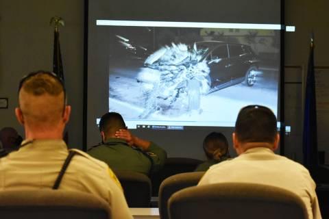 Los oficiales de LVMPD toman sesiones de capacitación donde se les muestran los resultados de ...
