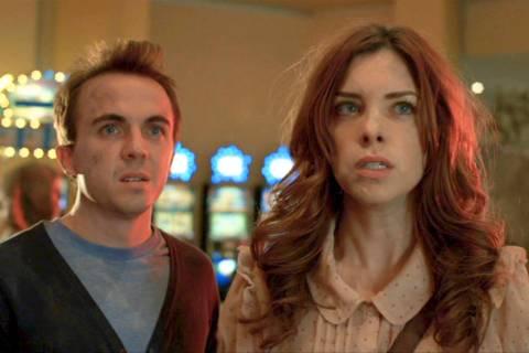 "Frankie Muniz y Maggie Castle protagonizan ""Blast Vegas."" (Syfy)"
