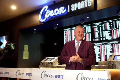 Derek Stevens durante la gran inauguración del Circa Sports Book en Tuscany de Las Vegas el ma ...