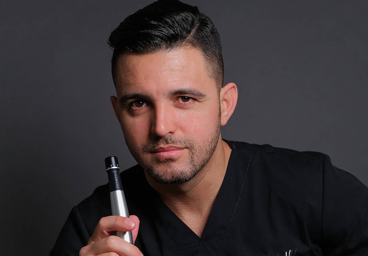 El esteticista Carlos Valbuena advierte sobre los problemas para la piel con el sol y los radic ...