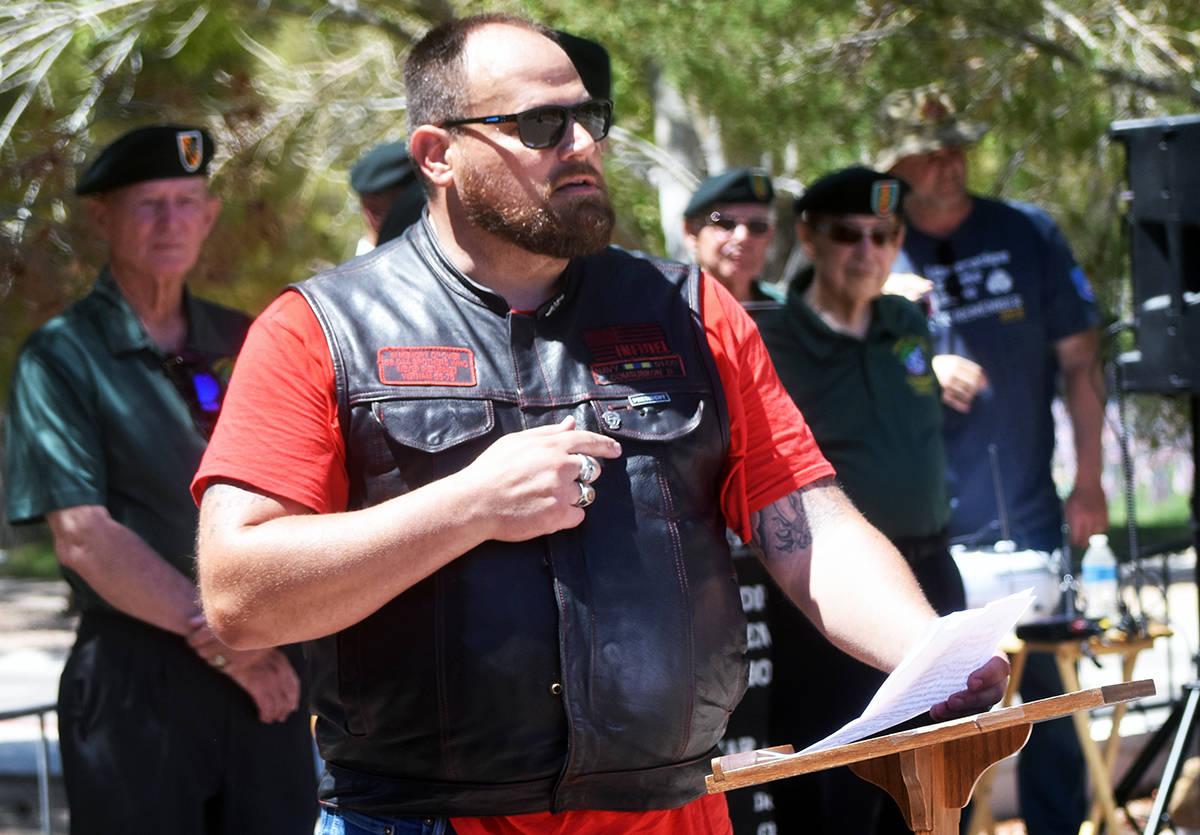 El presidente del club de motociclistas Veteranos de Nevada, recordó a los caídos en esta cer ...