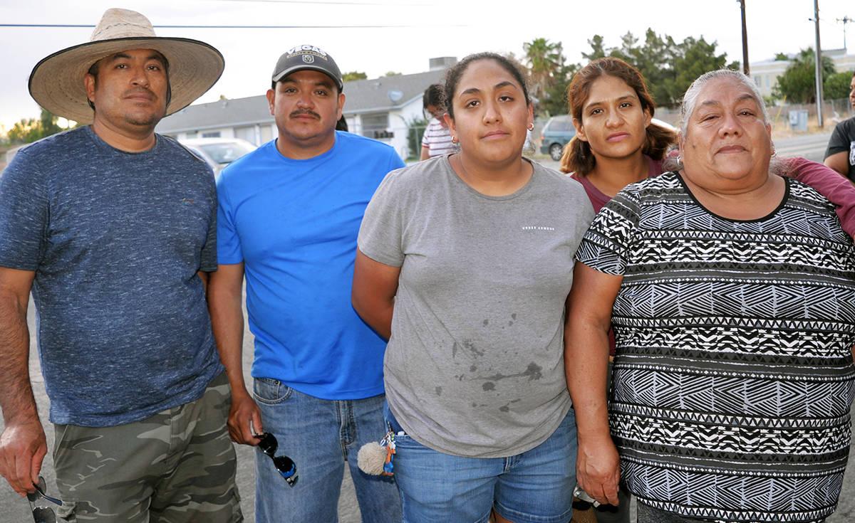 """La familia Robledo, organizó un """"car wash"""" para recaudar fondos y darle sepultura a Porfir ..."""
