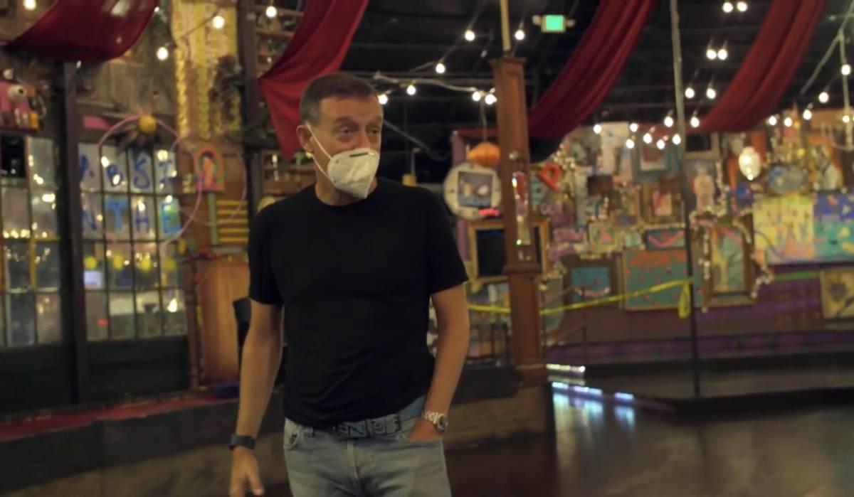 "Ross Mollison, de Spiegelworld, aparece en el primer episodio de la serie de YouTube ""VEGASHITS ..."