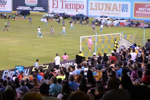 Las Vegas Lights FC se impuso 2-0 a Tacoma Defiance, estrenaron estretega, nuevos jugadores y u ...