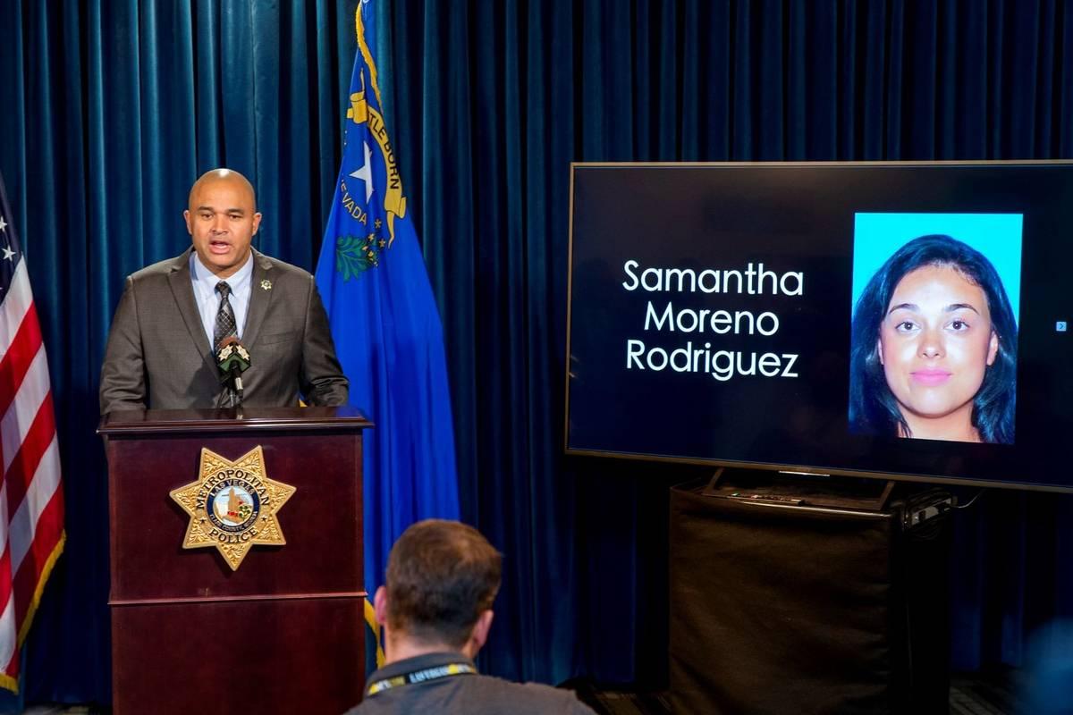 El teniente de homicidios del Departamento de Policía Metropolitana, Ray Spencer, responde a l ...