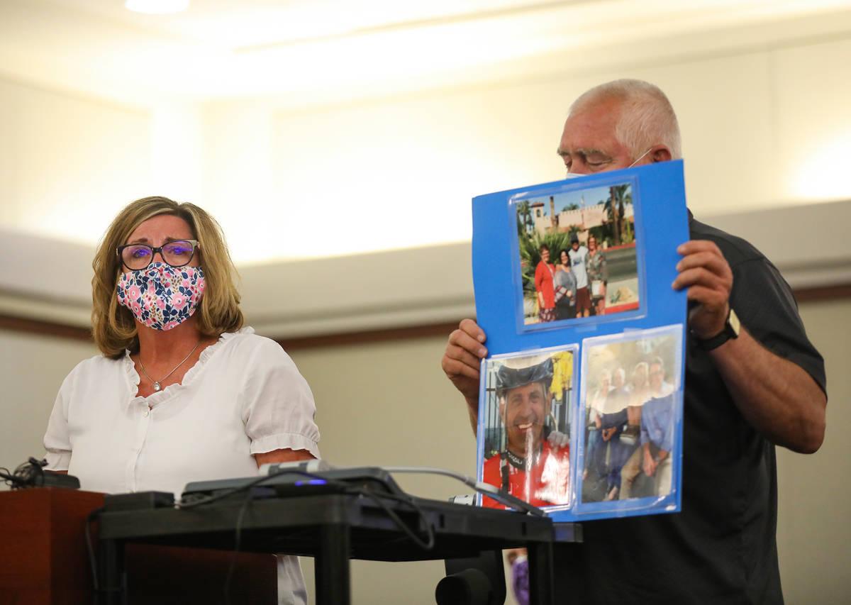 Annette Brown, hermana de la víctima Michael Todd Murray, que murió a manos de Jordan Barson ...