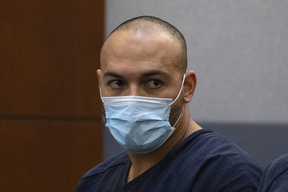 Andrew Rodríguez, de 33 años, acusado de matar a un motociclista en Russell Road cerca de la ...
