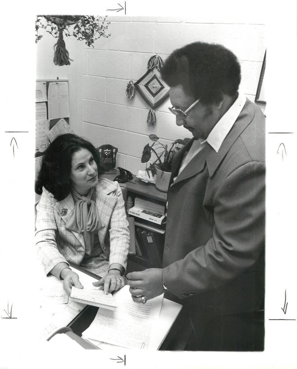 La educadora Lilliam Lujan Hickey fue la primera mujer hispana en Nevada elegida para la Junta ...