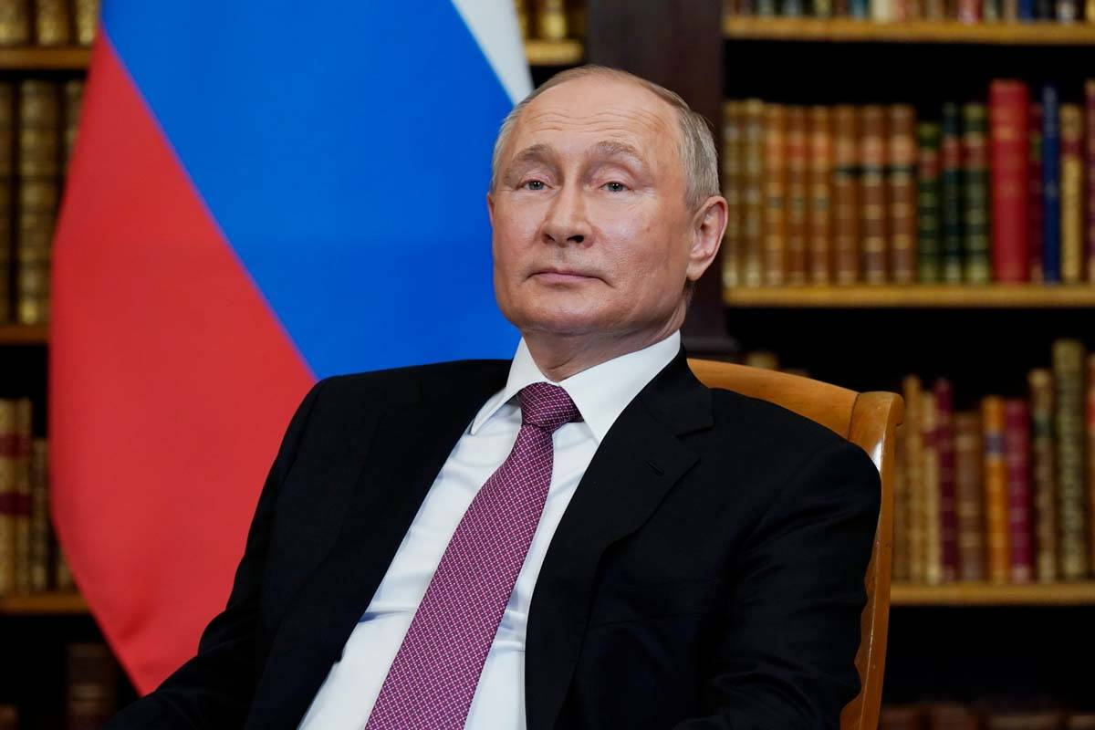 El presidente Joe Biden y el presidente de Rusia Vladimir Putin, llegan para reunirse en la 'Vi ...