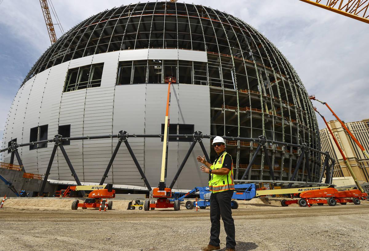 Nick Tomasino, vicepresidente de construcción de Madison Square Garden Entertainment Corp., ha ...