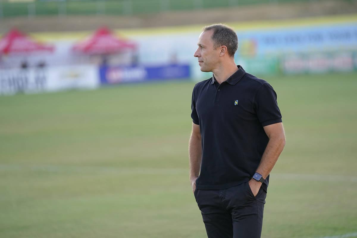 El entrenador en jefe del Lights FC, Steve Cherundolo, fue nombrado miembro del Salón de la Fa ...