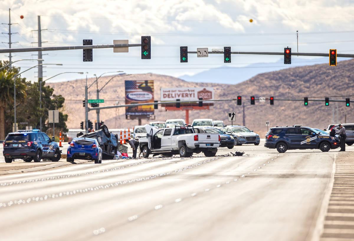 La Nevada Highway Patrol investiga un presunto accidente por conducir bajo los efectos del alco ...