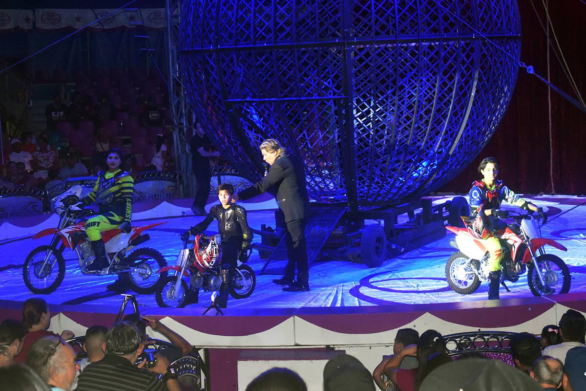 Los tres jóvenes motociclistas no cuentan con seguro de vida, ya que son los motociclistas má ...