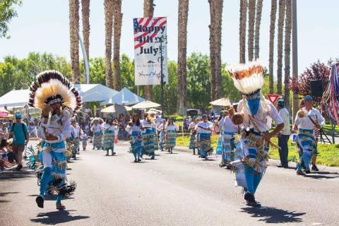 El tradicional Desfile Patrótico de Summerlin cumple 27 años de realizarse de manera ininterr ...