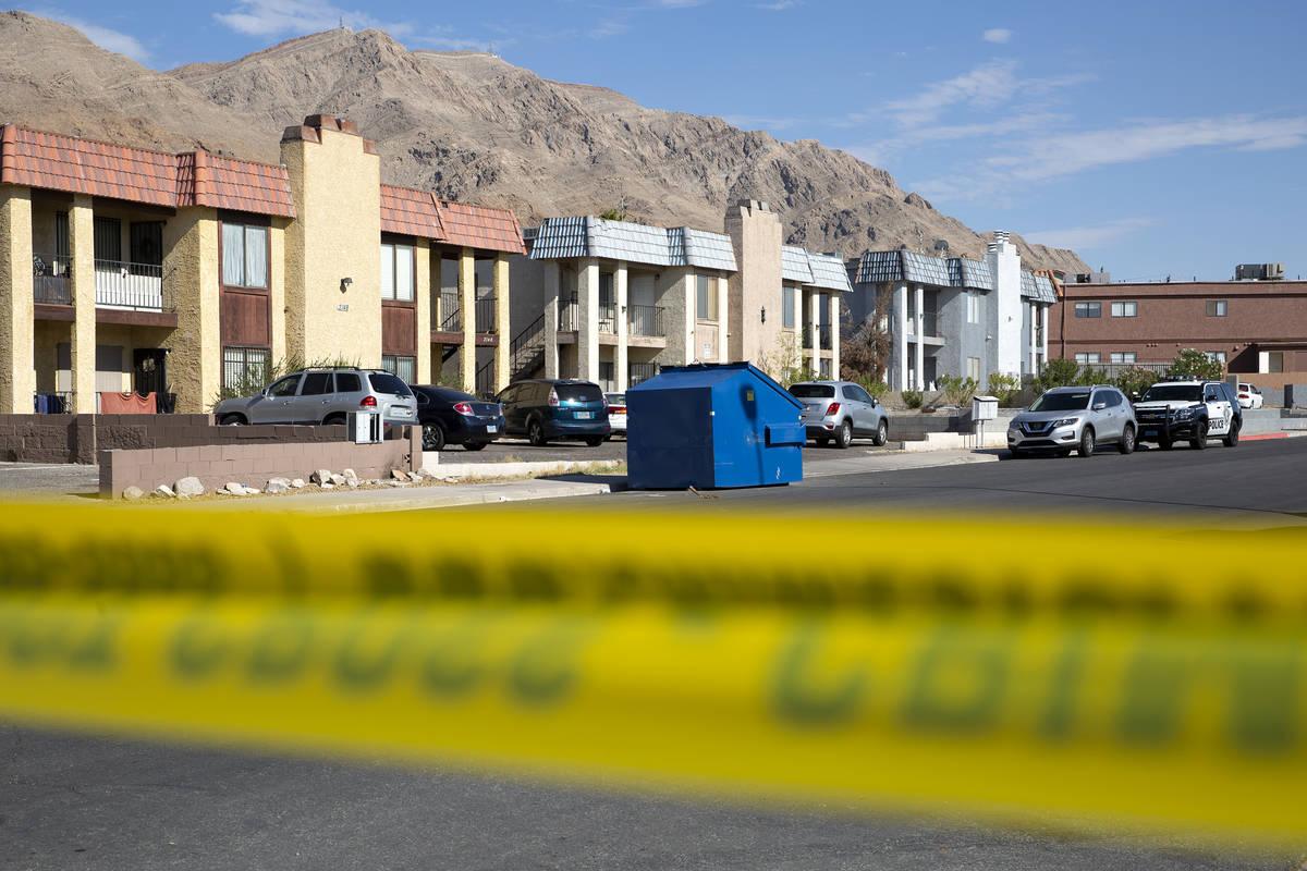 La Policía Metropolitana investiga un homicidio en la cuadra 6900 de Mendon Lane en el valle n ...