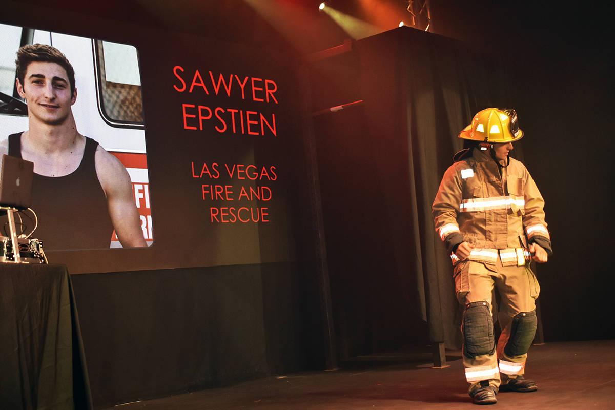 Muchos de los participantes entraron con su uniforme de bombero. Viernes 17 de julio de 2021 en ...