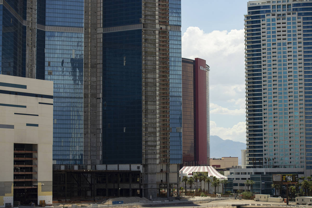 El antiguo resort-casino Drew Las Vegas fotografiado en Las Vegas el martes 20 de julio de 2021 ...