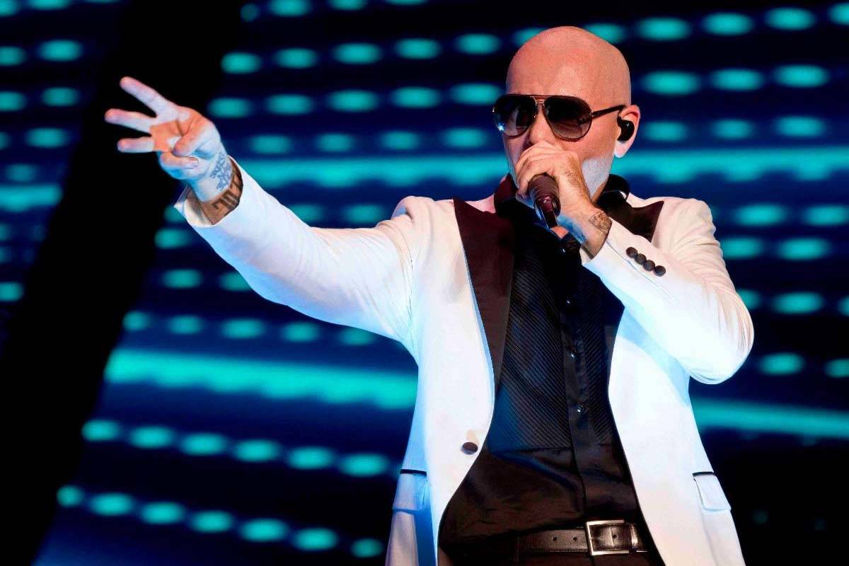 Live Nation ofrece boletos a $20 para shows, incluido el de Pitbull en Zappos Theater. (Kelly F ...